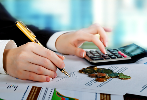 Improve Your Financial Management Skills With These Three Tips