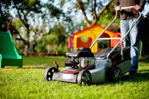 lawn-mower-2127637_640