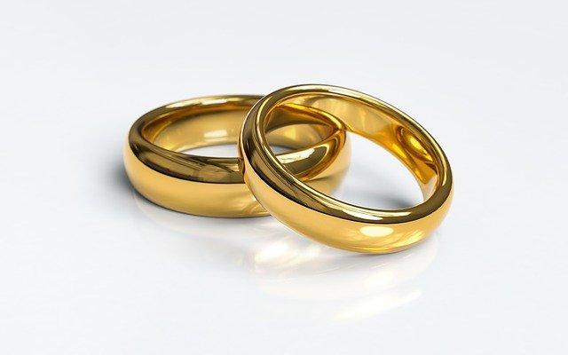 Wedding Advice: Of Love and Money